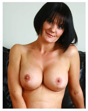 horny mature babe